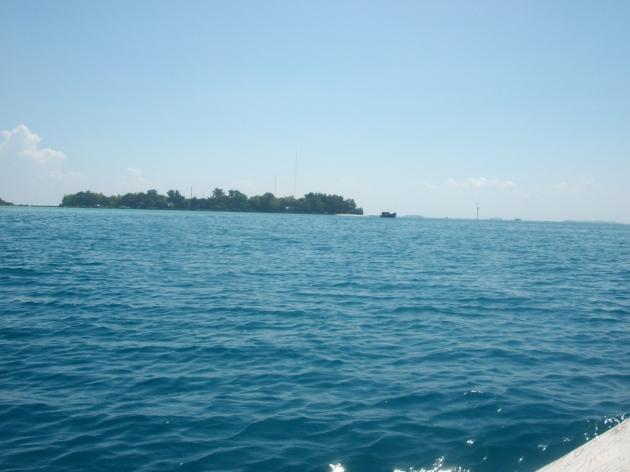 pulau pramuka dari kejauhan